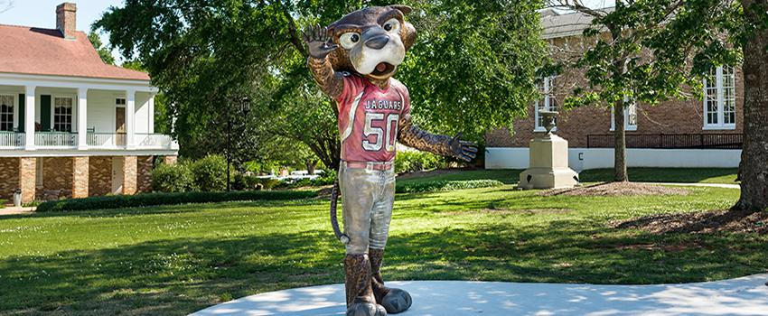 Southpaw statue in front of Alumni