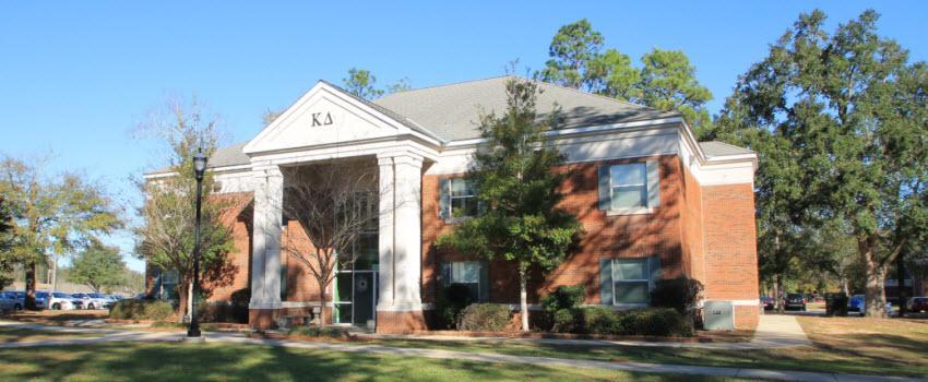 KD Sorority House Exterior