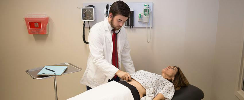 Abdominal Exam by Medical Student