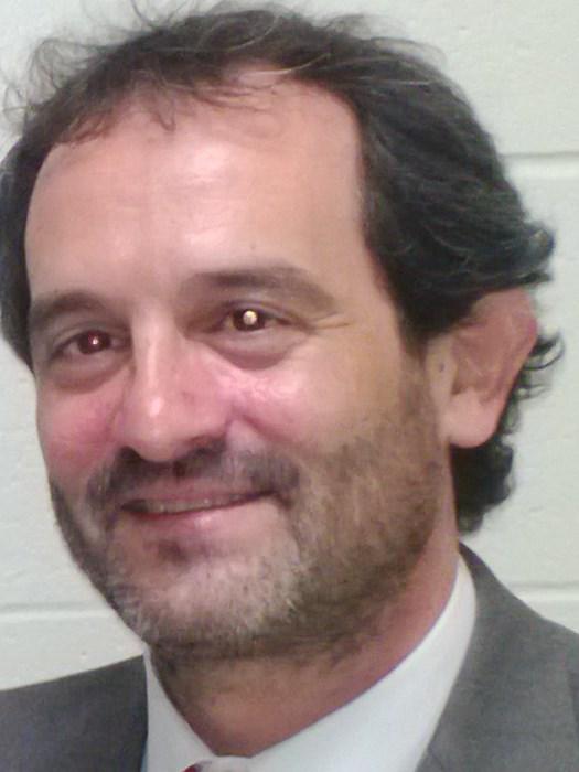 Roberto Robles-Valencia