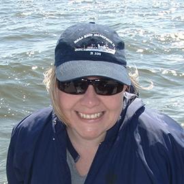 Dr. Alison  Robertson