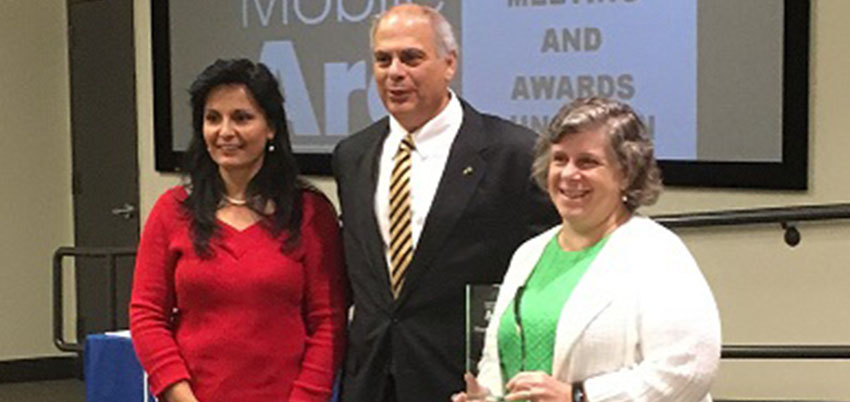 The PASSAGE USA program at the University of South Alabama receives ARC Maury Friedlander Award.