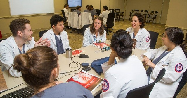 Medical students at the University of South Alabama