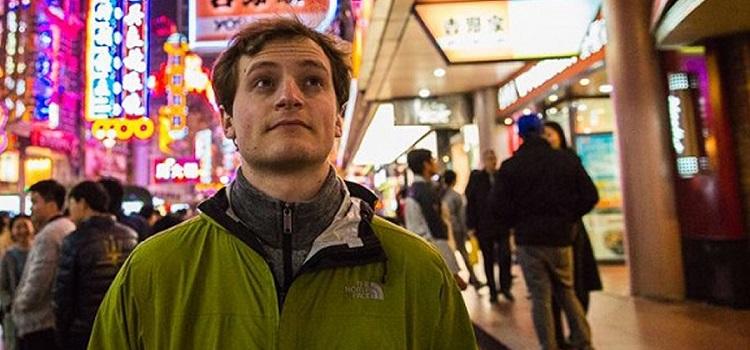 Grad's Job: Chinese Theme Park Tester