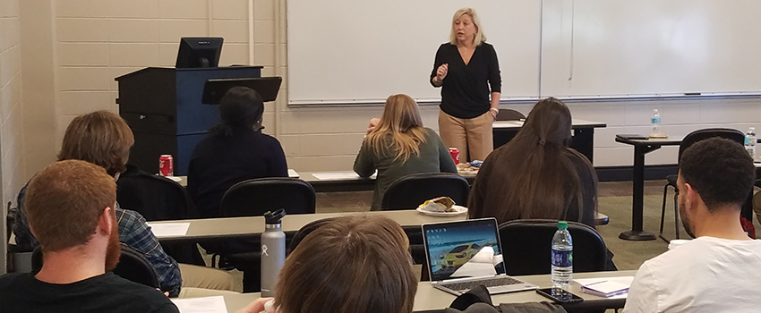 Tina Williams, CEO of Mobile Educators Credit Union spoke to students and HR issues in the workplace.