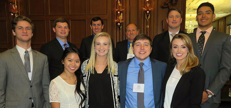 Nine student members of the Financial Management Association attended the 2018 FMA Leaders' Conference on March 8th and 9th in Chicago, Illinois.