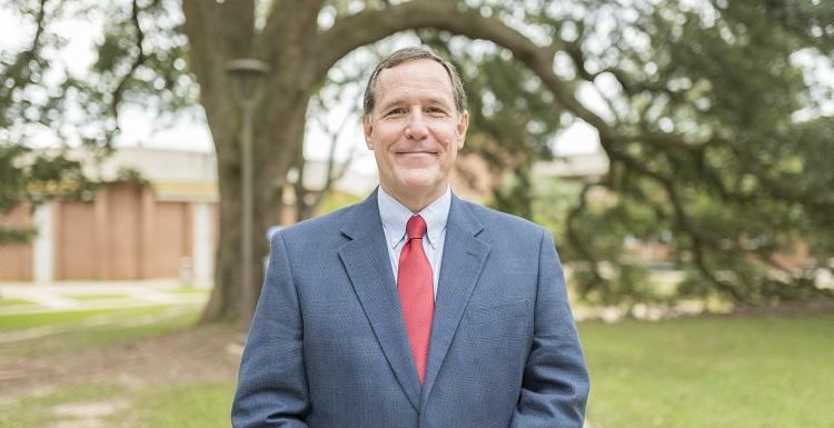 Dr. Reid Cummings