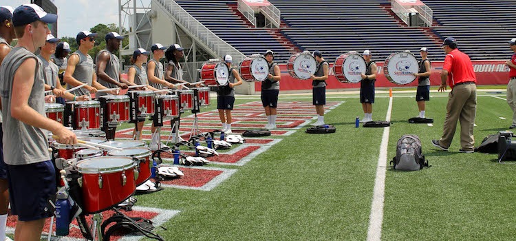 2015 Jaguar drumline practicing