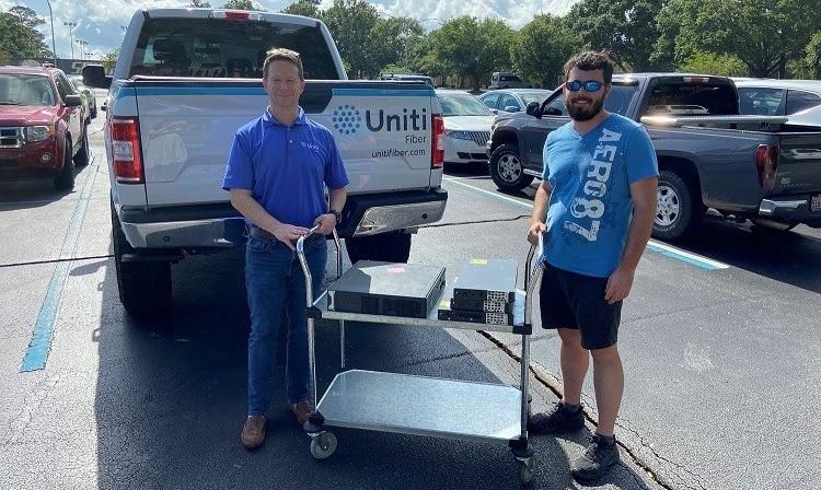 Uniti Fiber Donates Equipment for DayZero Student Organization