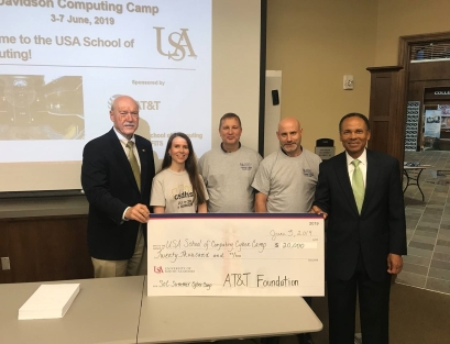 Glyn Agnew from AT&T and the AT&T Foundation supported the camp with their donation