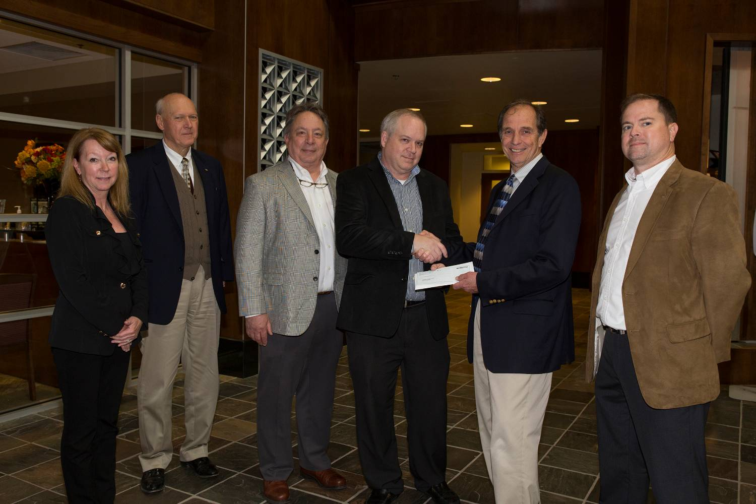 VENTURE TECHNOLOGIES AND CISCO SYSTEMS GIVE SCHOLARSHIP DONATION