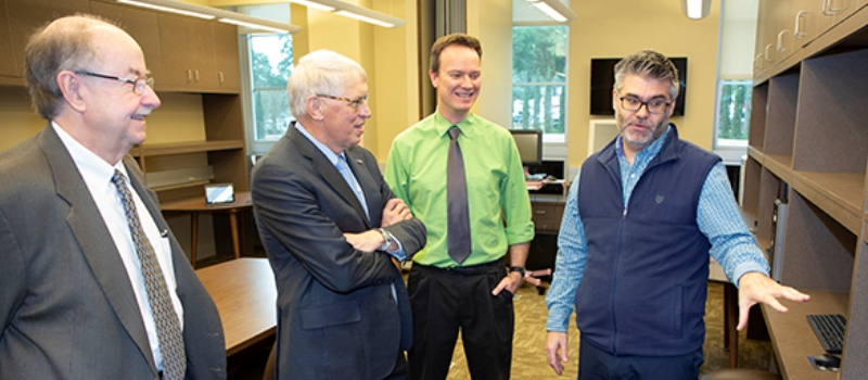 USA President and Provost visit SoC
