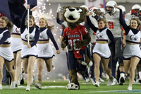 Southpaw running with USA Cheerleaders