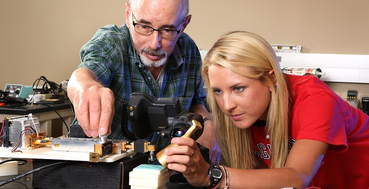 """Dr. David Nelson, chair of mechanical engineering, said there were no undergraduates doing research in his department 15 years ago. """"Now, we have 25-to-30 each year,"""" including students like Kelly Welsh."""