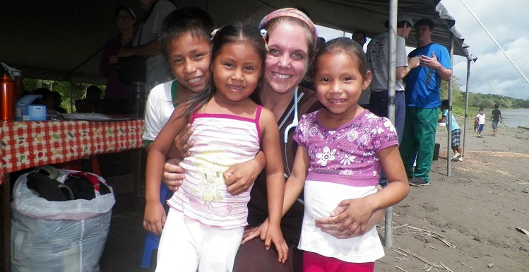 Dr. Gretchen Vandiver, 2012 recipient of the DeBakey Scholarship, is shown in Iquitos, Peru on a medical mission trip through the Christian Medical Ministry of South Alabama.  data-lightbox='featured'