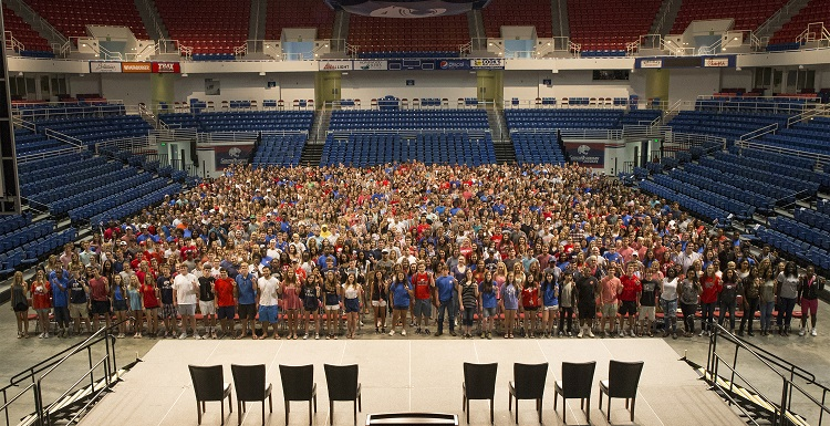 The class of 2021 gets their picture taken in the Mitchell Center before Convocation. South marked increases this year in the total number of freshmen from both Alabama and out of state.