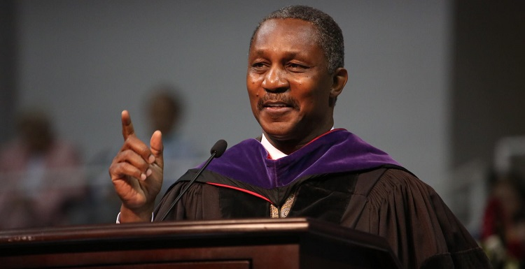 USA Board of Trustees Chair Pro Tempore Kenneth O. Simon, who was South's first African American Student Government Association president, and whose mother, Lavonne Simon, was USA's first African American graduate, will participate in a Feb. 6 forum as part of a series of events celebrating Black History Month. Simon was the keynote speaker at the spring 2016 Commencement.