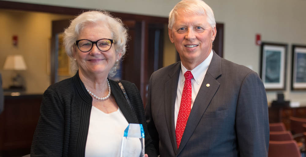 Dr. Roma Hanks, professor and chair of sociology, anthropology and social work, recently received the Heart of Gold Volunteer Award from the United Way of Southwest Alabama. She is joined by Dr. Tony Waldrop, USA president.