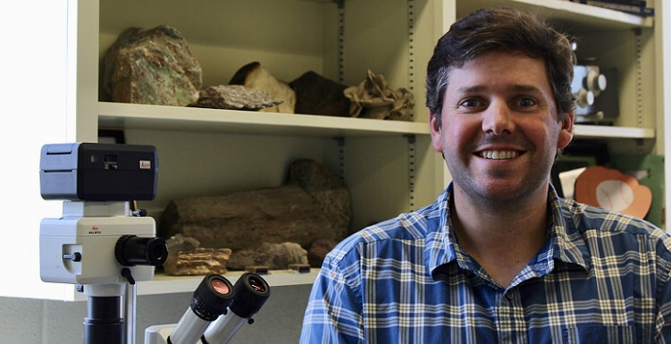 Dr. William T. Jackson Jr., assistant professor of geology, will receive the 2018 Stephen E. Laubach Structural Diagenesis Research Award from the Geological Society of America. data-lightbox='featured'