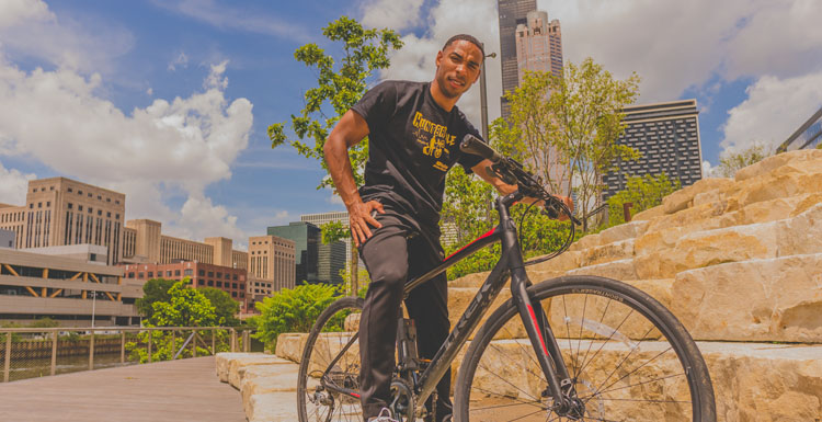 2009 South graduate, Jaysum Hunter completed a 21-day, 1,000-mile bike ride from his home in Chicago to his hometown of Mobile.