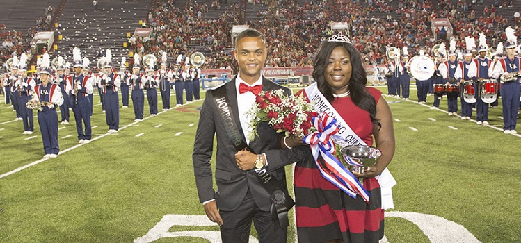 Tevin Barnett and Calvilyn Hooper were presented as king and queen during half-time ceremonies.