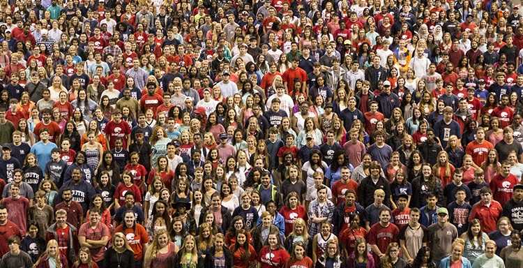The University of South Alabama Class of 2019 gathered Monday morning for a group photo at the USA Mitchell Center.