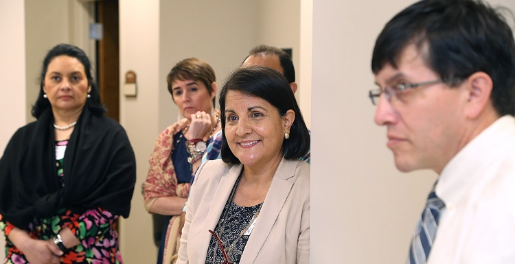 Dr. Lucrcia de Hernandez, a faculty member at the Universidad Francisco Marroquín School of Medicine in Guatemala, is joined by fellow faculty members from the UFM School of Medicine as they tour the Clinical Skills Lab at USA.