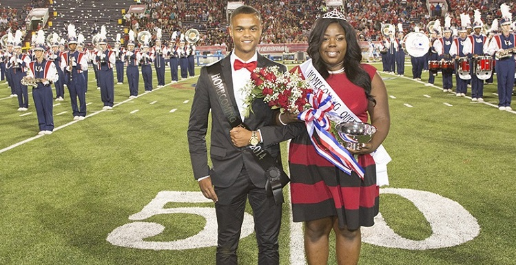 Tevin Barnett and Calvilyn Hooper were presented as king and queen during half-time ceremonies. data-lightbox='featured'