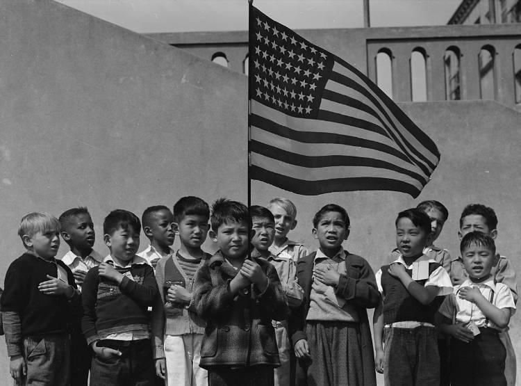 children saying the pledge of allegiance