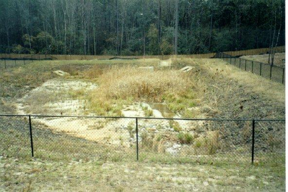 The use of retention ponds in residential settings for Design of pond embankment