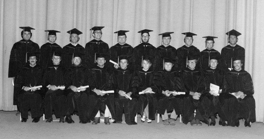 The 1976 graduating class from USA's College of Medicine.