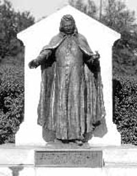Statue of Father Ryan